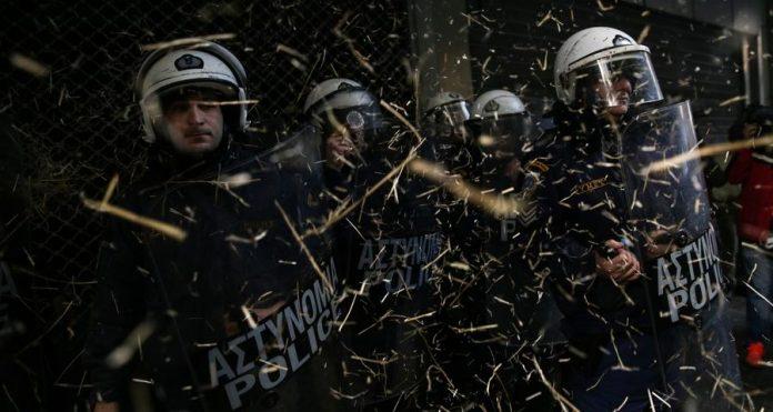 ΜΑΤ, Αστυνομικοί, Καταστολή, Μπάτσοι