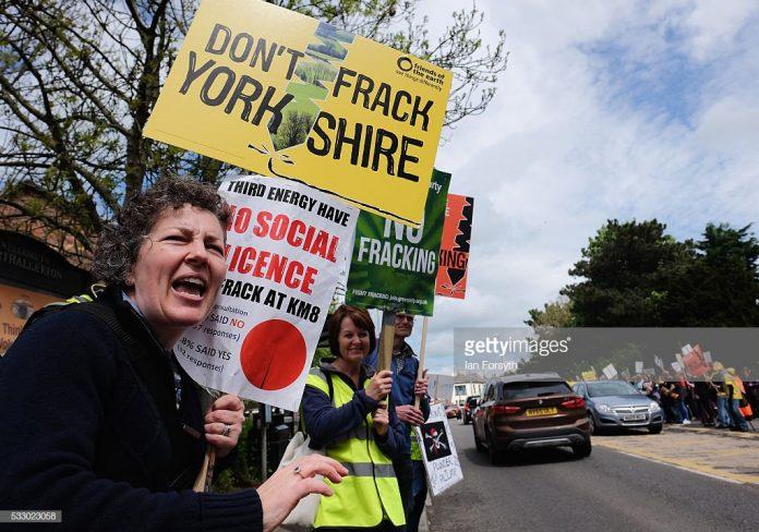 Ανάπηροι, διαδηλώσεις, Αγγλία, επιδόματα