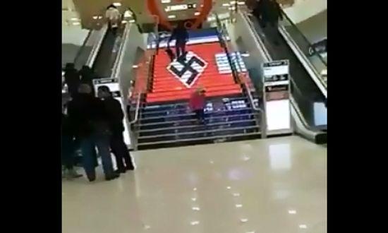 Ουκρανία, φασισμός, ναζί, σβάστικα